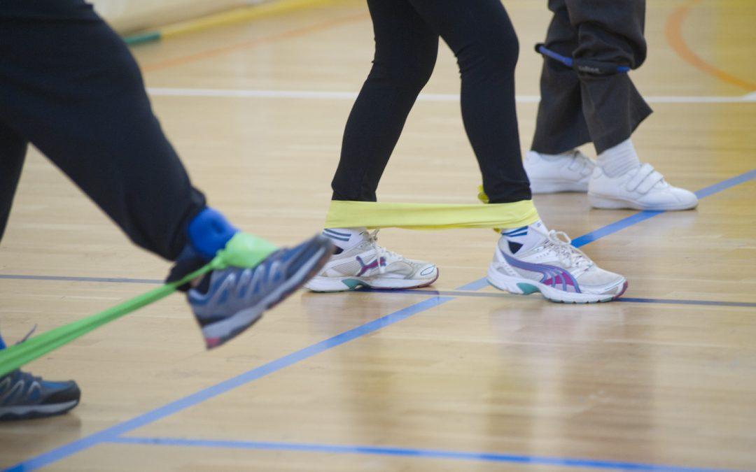 Sarcopenia 3. Prevención  ¿Qué podemos hacer con personas adultas mayores y sénior  no entrenadas, con baja condición física?